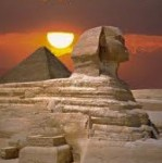 Sphinx_and_pyramid_3